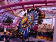 circus-circus-adventuredome-chaos-ride-800x600