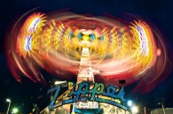 Zipper_ride_at_night_motion